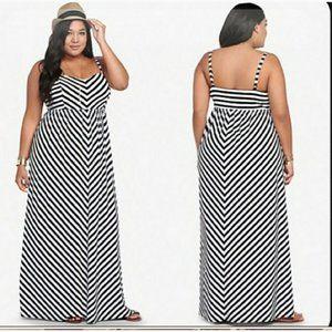 Torrid Black & White Chevorn Striped Maxi Dress 2